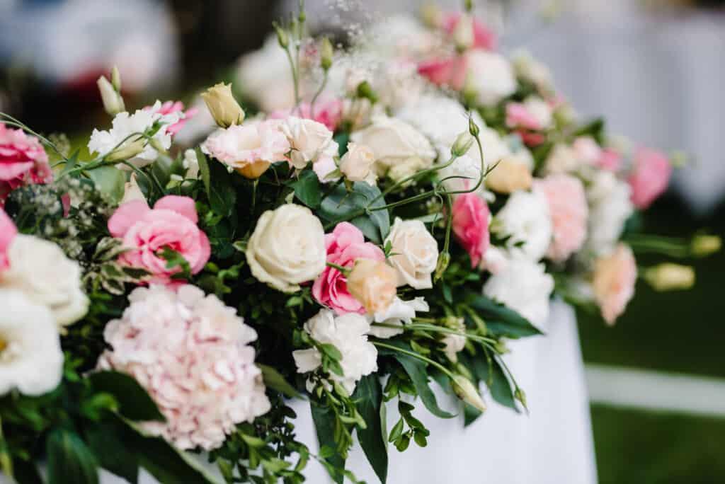 จัดงานแต่งด้วยดอกไม้ความหมายมงคล