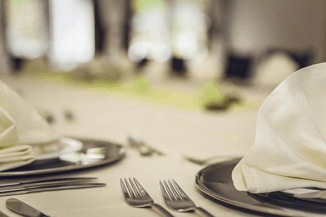 สถานที่จัดงานเลี้ยงกับริการอาหารจาก catering ที่ขาดไม่ได้